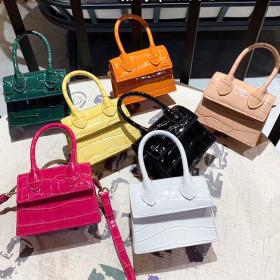 Personalized Mini messenger bag alligator Fashion Shoulder Bag modeling bag