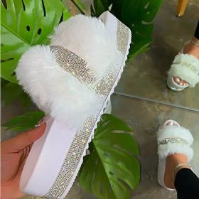 Flat bottom thick bottom water drill fluffy slippers