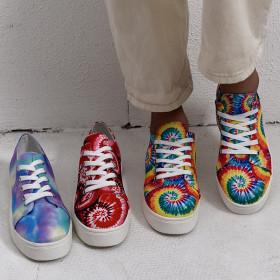 Colorful women's flat sole shoes