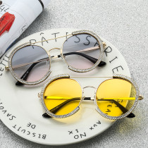 Exaggerated personality round frame fashionable sunglasses