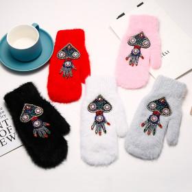 Cartoon cute rabbit wool gloves
