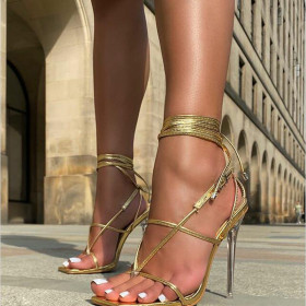 Crystal clear stiletto sandals with bandage clip toe