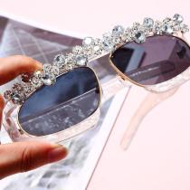 Transparent frame, personality, street shot, fashion, sunglasses