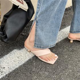 Feet pinching, sandals