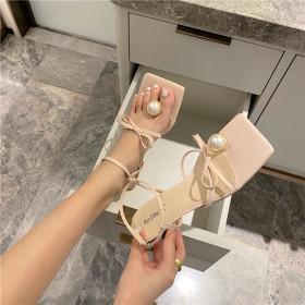 Foot clips, bandages, sandals