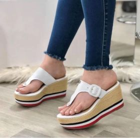 Sandals, thick soles, clip toe, belt buckle, slippers