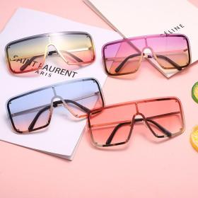 Big frame, square, sunglasses, classic glasses