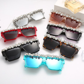 Large frame, square, grape drill, sunglasses, rhinestones, stone sunglasses