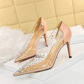 Perspective, thin heel, high heel, shallow mouth, pointed end, color diamond, Rhinestone, single shoe