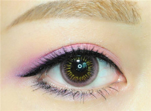 Eye's color Pink