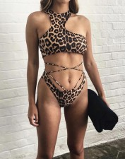 Two-Piece Leopard Halter Swimwear