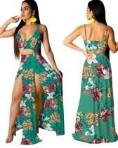 Top court à bretelles fleuries et jupe longue fendue