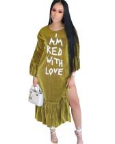 Robe longue fendue verte à manches