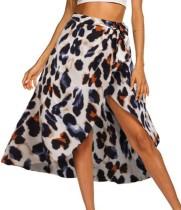 Falda cruzada con estampado de leopardo