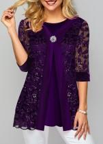 紫の花の成熟したシャツ