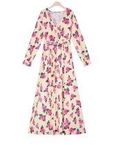 Élégante robe maxi fleurie à col en V et manches