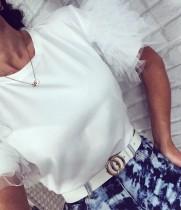 Camisa de verano con cuello redondo y color liso con mangas de malla