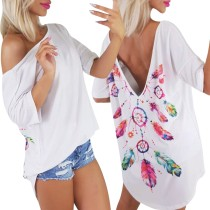 Camisa larga blanca con espalda baja estampada de verano