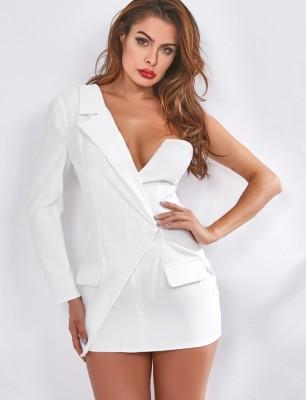 Белое элегантное платье-пиджак с одним рукавом