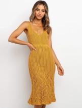 Vestido elegante de punto sin mangas con cuello en V de verano