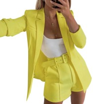 Büro Eleganter Blazer und Shorts Set