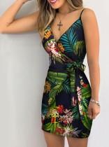 Платье с принтом и лесками
