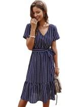 Vestido informal de rayas de verano con cuello en V hasta la rodilla