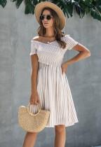 Sommer gestreiftes A-Line kurzes Kleid