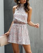Mamelucos cortos con escote floral de verano