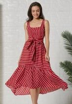 Vestido largo sin mangas de rayas rojas y blancas de verano