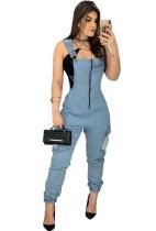 Pantalon en jean bleu clair à bretelles d'été