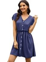 Vestido corto de verano con cuello en V en color liso
