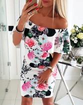 Mini-robe d'été à fleurs et épaules dénudées