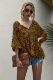 Camisa suelta con estampado de cuello en V de verano