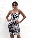 Летнее мини-платье с леопардовыми лямками