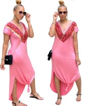Vestido largo estampado con cuello en V rosado