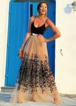 Vestido largo de malla con tirantes florales de verano