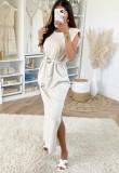Elegante vestido midi liso de verano con cinturón