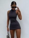 Mini vestido ajustado sin mangas sexy negro