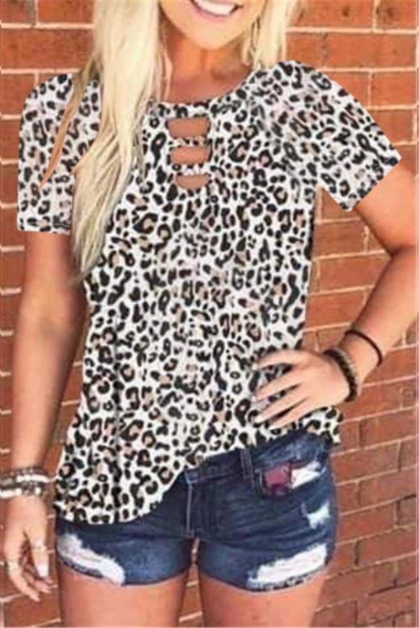 Camisa de verano con estampado de leopardo y cuello redondo