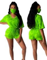 Conjunto de pantalones cortos de verano de dos piezas con cuello en V y tie dye con cubierta facial