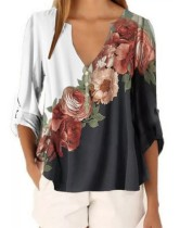 Lässiges Blumen-Boho-Shirt mit V-Ausschnitt