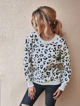 Jersey con cuello de leopardo y estampado de o cuello