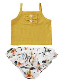 Baby Girl Summer Plain Shirt und Blumenshorts Set