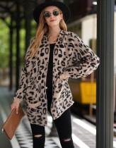 Cárdigans largos con estampado de leopardo occidental y bolsillos