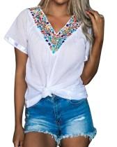 夏の白Vネックボヘミアンシャツ