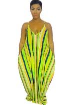 Vestido largo de tirantes sueltos con tirantes a rayas de colores