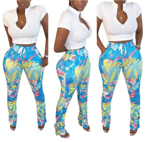 Conjunto de pantalones cortos y estampados blancos africanos de verano