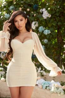 Mini vestido sexy con lunares y mangas abullonadas