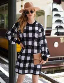 Fall White and Black Plaid Knitted Dress